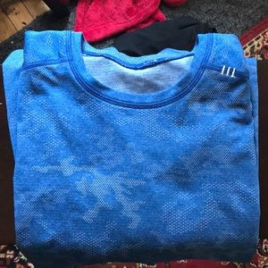 Lulu lemon blue camo t-shirt size XL